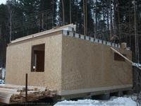 Зимнее строительство каркасно-панельного дома